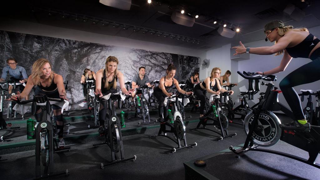 Что такое сайклинк или тренировки на велотренажерах в фитнес студиях